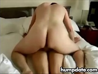 Cuckolds wife fucked and creampiedpied