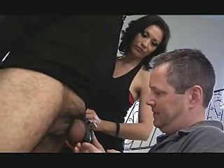 Hubby sucks her hary slaves cum