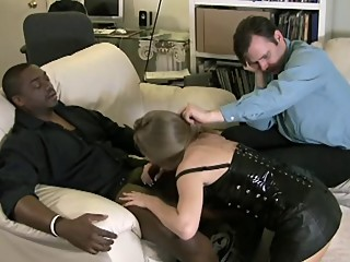 Hubby Helps Wife Blowing Black Dick